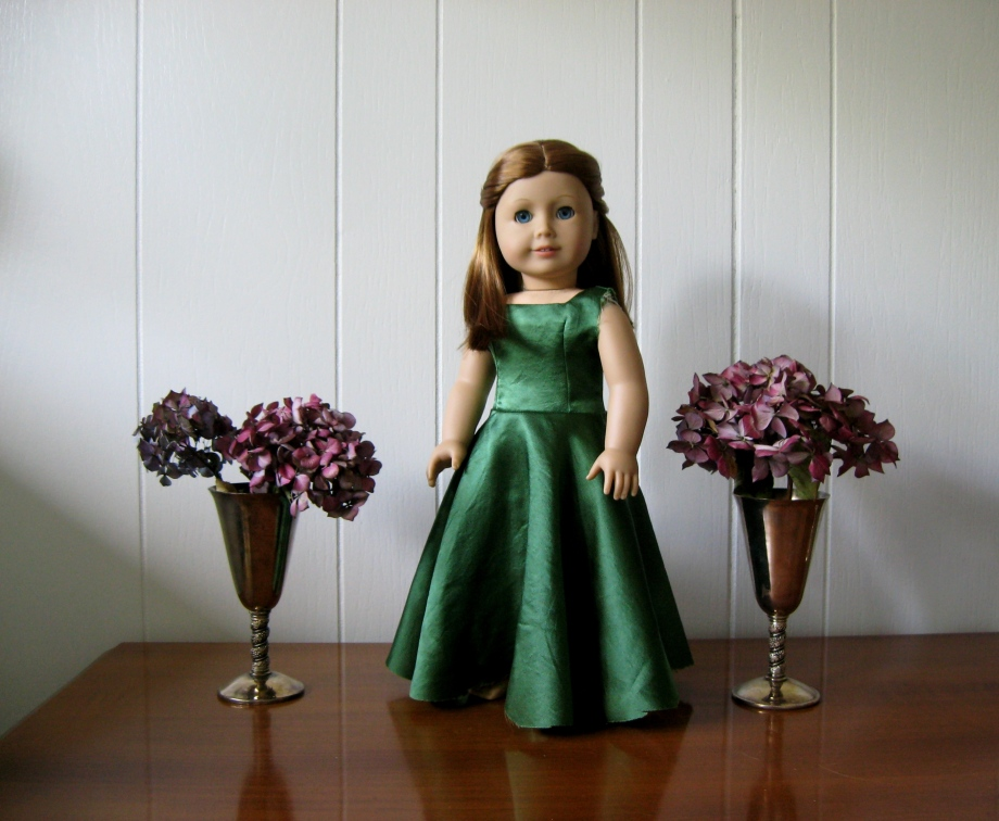 Green Custom Dress 004