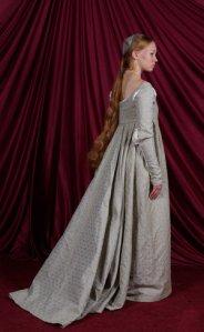 italian-renaissance-gown